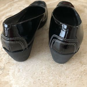 Bandolino Shoes - Bandolino Black Patent Wedge, size 7